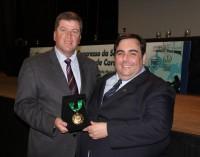 Fernando Mendonça é homenageado na abertura do 27º Congresso da Sociedade Mineira de Cardiologia