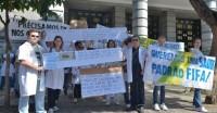 Médicos da PBH participam da manifestação pacífica da 4a feira, dia 26 de junho, na Praça Sete
