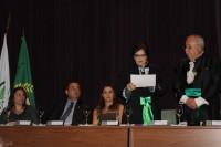 Academia Mineira de Medicina: sindicato  na posse de Maria do Carmo Friche Passos