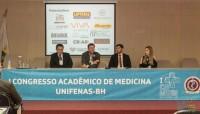Estreitando laços com os futuros médicos: presidente do Sinmed-MG prestigia Congresso Acadêmico de Medicina Unifenas