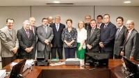 Entidades médicas apresentam à presidente Dilma propostas para melhorar a saúde brasileira