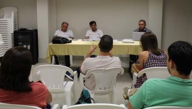 Esmeraldas:  Prefeitura paga janeiro em dia mas faltam atrasados