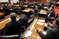 Deputados questionam ministra sobre artigos da MP 568 que reduzem salários e dobram carga horária de médicos