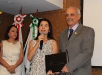 """Diretora do Sinmed-MG é homenageada pelo CRMMG com a comenda de """"Honra à Ética"""""""