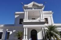 Médicos do Hospital Regional do Sul de Minas (HRSM) suspendem atendimentos e comunicam à população