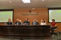 "Presidente do Sinmed-MG presente na mesa de abertura do  ""I Encontro do CRMMG e Coordenadores de Residência Médica"""